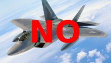 Inutili e dannosi: no agli aerei da combattimento!